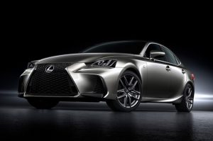 Lexus-IS-Chinese-Spec-front-three-quarters-03s